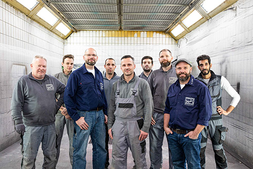 team des karosseriefachbetriebs koenig